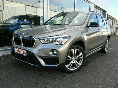 gebraucht BMW X1 sDrive 18 d Sport Line Navi/LED/Sportsitz/PDC
