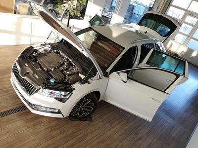 gebraucht Skoda Superb Combi L&K 2.0 TDI 147 kW DSG+DCC+LED+ACC+