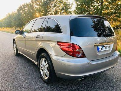 gebraucht Mercedes R500 * Benziner / 6 sitze / Navi / TÜV Neu 2021 Volll *