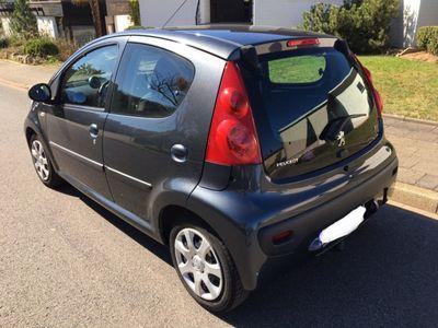 gebraucht Peugeot 107 70 Millesim 200 1.Hand Klimaanlage