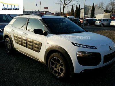 gebraucht Citroën C4 Cactus Shine BlueHDi 100 *Panorama, CityPaket