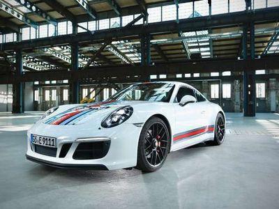 gebraucht Porsche 911 GTS o. OPF   approved 11/21 Martini Racing Edition