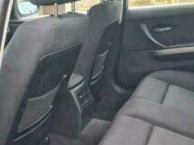 gebraucht BMW 325 i Benzin