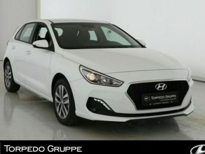 gebraucht Hyundai i30 NEW (MJ19) 1.4 TREND Einparkhilfe+SHZ+Smart-