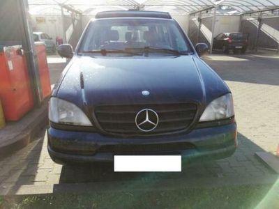 używany Mercedes ML270