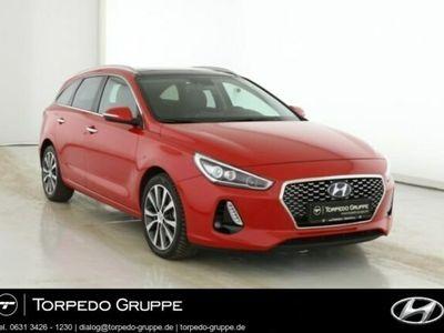 gebraucht Hyundai i30 NEW KOMBI 1.4 TURBO PREMIUM LEDERPAKET, NAVI
