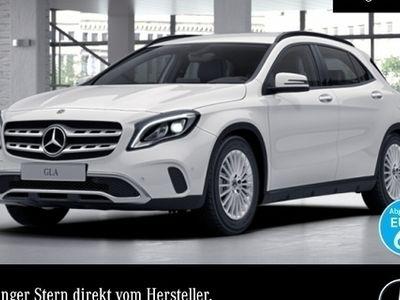 gebraucht Mercedes GLA200 d LED Keyl-GO Navi PTS Sitzh Temp