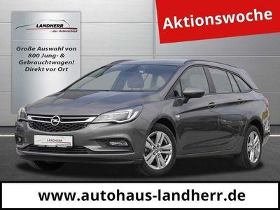 gebraucht Opel Astra Sports Tourer Jahre Jahre bei Gebrachtwagen.expert
