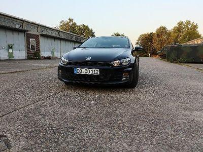usado VW Scirocco 1.4 TSI BMT*Scheckheft*8-fach bereift
