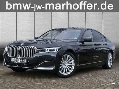 gebraucht BMW M760 xDrive V12 EXECUTIVE FIN SONDERZINS 1,49%
