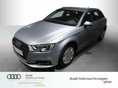 gebraucht Audi A3 Sportback Design 30 TFSI Tempomat