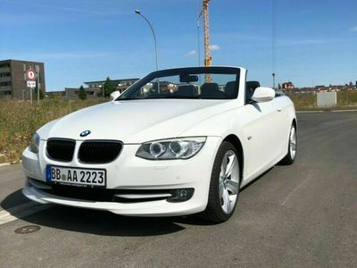 gebraucht BMW 318 Cabriolet 3er E93 i Alpinaweiß
