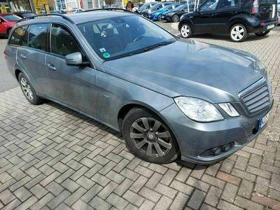 gebraucht Mercedes E250 Neu T CDI DPF BlueEFFICIENCY Automatik/Leder/AHK