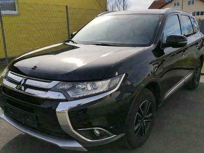 gebraucht Mitsubishi Outlander 2.0 2WD mit Garantie bis 05/2023