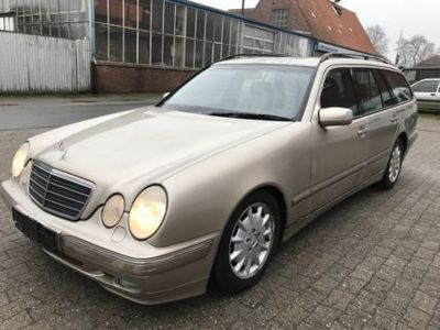 gebraucht Mercedes E270 Mercedes Benz W210CDI Mit AH...