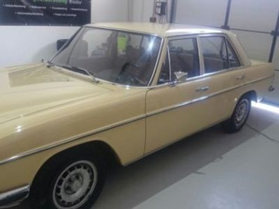 gebraucht Mercedes 200/8 45 Jahre