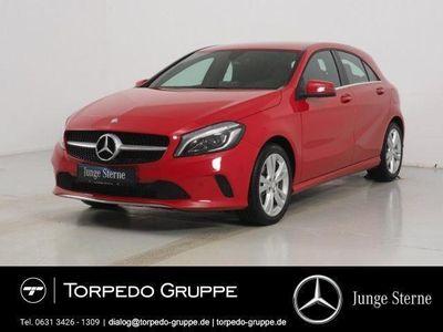 gebraucht Mercedes A180 d Urban+Navi+Parkass.+Teilleder+Autom.