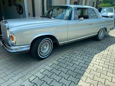 gebraucht Mercedes W111 280 SE Coupein einem TOP-Zustand