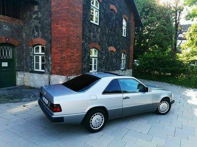 gebraucht Mercedes 230 CEals Sportwagen/Coupé in Siegsdorf