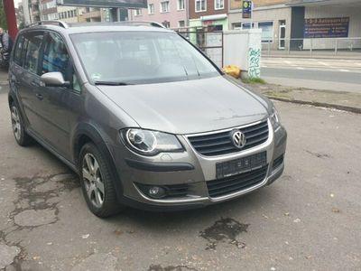 used VW Touran Cross 2.0 TDI 125kW DSG DPF