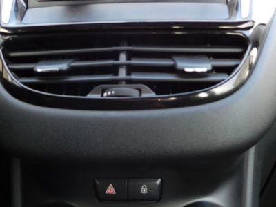 gebraucht Peugeot 208 68 VTI Active- KLIMA - EURO 5 - TÜV NEU