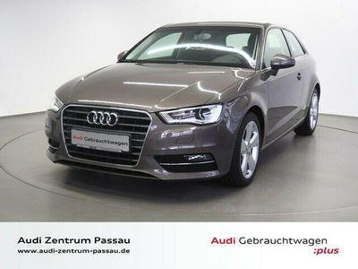 gebraucht Audi A3 1.6 TDI Ambition/XENON+/NAVI+/PDC/GRA/SHZ