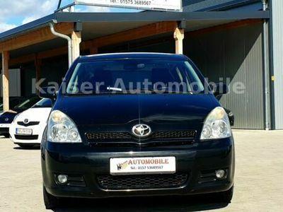 gebraucht Toyota Corolla Verso 2.2 D-4D Sol