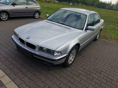 gebraucht BMW 728 i Automatik