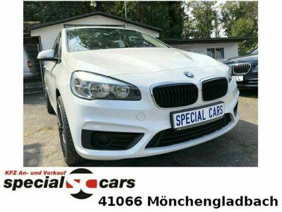 gebraucht BMW 214 Gran Tourer 218/ 220/ Advantge / Pano/ Leder als Van/Kleinbus in Mönchengladbach