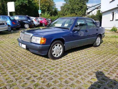 gebraucht Mercedes 190 D Lim. (BM 201)/3Hand/Euro2/AHK/Schiebedach/Color