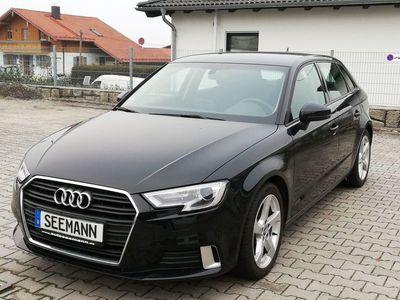 gebraucht Audi A3 TFSI tronic bei Gebrachtwagen.expert