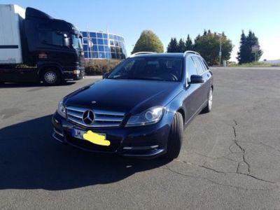 używany Mercedes 220 CDI T Avantgarde