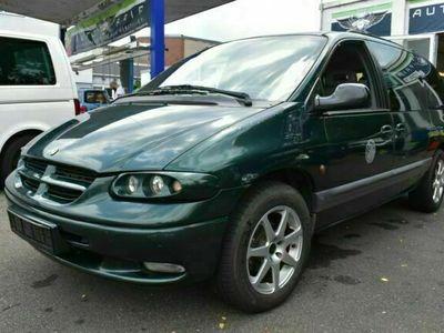gebraucht Chrysler Voyager LE 3.3 V6 Auto 7sitze TÜV NEU
