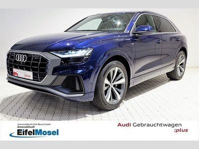 gebraucht Audi Q8 50 TDI quattro tiptronic S line Matrix AHK