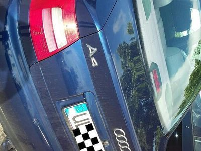 gebraucht Audi A4 1.6 Tüv bis April 2017