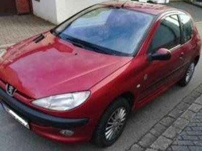 käytetty Peugeot 206 Schrägheck (2A/C) 1.4 i (75 PS, Bj 2002)