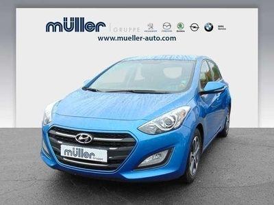 gebraucht Hyundai i30 blue 1.6 CRDi YES