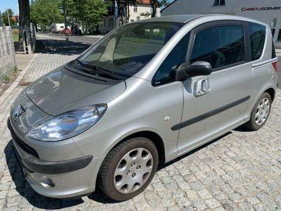 gebraucht Peugeot 1007 1.6i Premium*AUTOMATIK*PDC*KLIMAAUTOMATIK