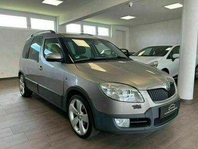 gebraucht Skoda Roomster Scout Plus Edition/1.HAND/SH/PANO./PDC