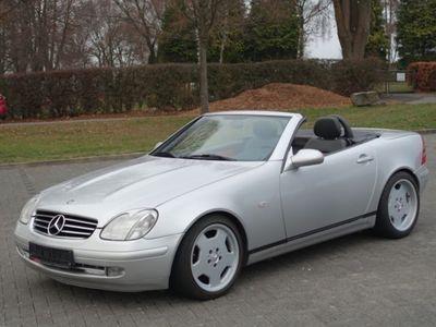 używany Mercedes SLK200 Roadstererst 98900 km Leder