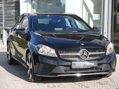 gebraucht Mercedes A180 A-Klassed Urban Garmin-Navi PTS 18 Zoll SHZ