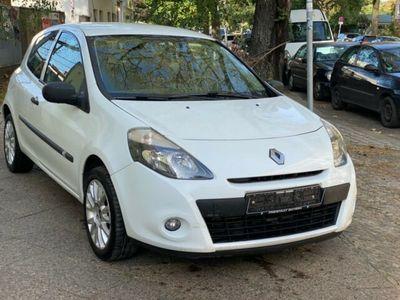 gebraucht Renault Clio 1.5dCi eco2 Klima Alu Euro5 97tkm TÜV 11/21