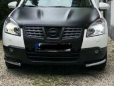 gebraucht Nissan Qashqai 2.0 dCi 4 x 4 DPF Aut.