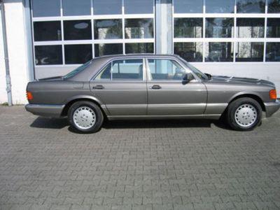 używany Mercedes 260 SEmit H Kennzeichen