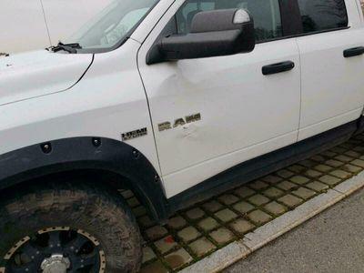 gebraucht Dodge Ram 5.7, 4x4 396 PS BJ.2010