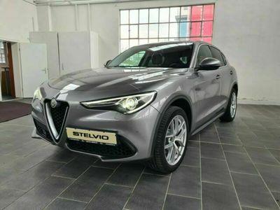 gebraucht Alfa Romeo Stelvio 2.0 TB AT8 First Edition Q4