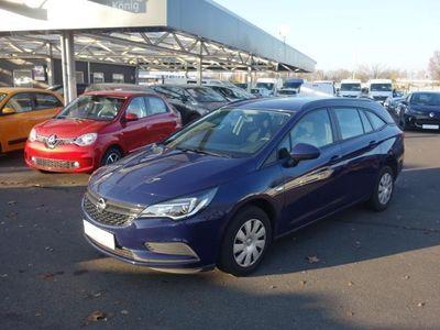 gebraucht Opel Astra Kombi 1.0 Turbo Selection Klimaanlage
