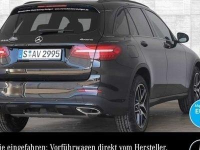 gebraucht Mercedes GLC250 4M AMG Night Spiegel Pano Navi AHK LED
