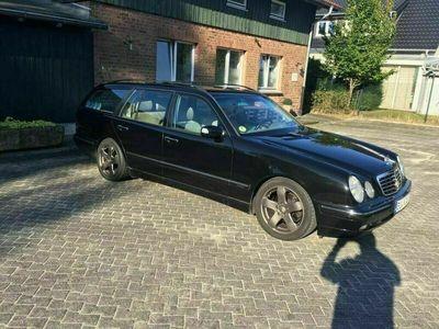 gebraucht Mercedes 320 W210CDI Kombi
