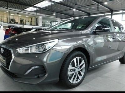 gebraucht Hyundai i30 NEW (MJ19) 1.0 TURBO SONDEREDITION YES! (201